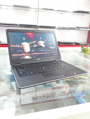 Dell Latitude Ultrabook E7440 - i5